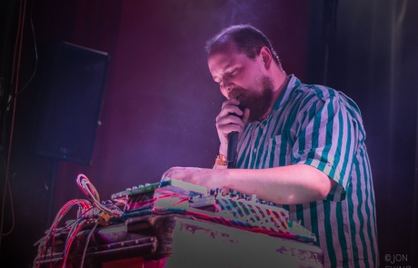 Noise Pop 2015: Dan Deacon brings energy and crowd participation to The Chapel
