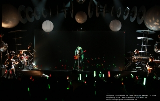 Hatsune Miku at the Warfield, by Muraki Kanae