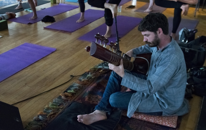 Welcome to Showga: Music, yoga and healing in Downtown Oakland