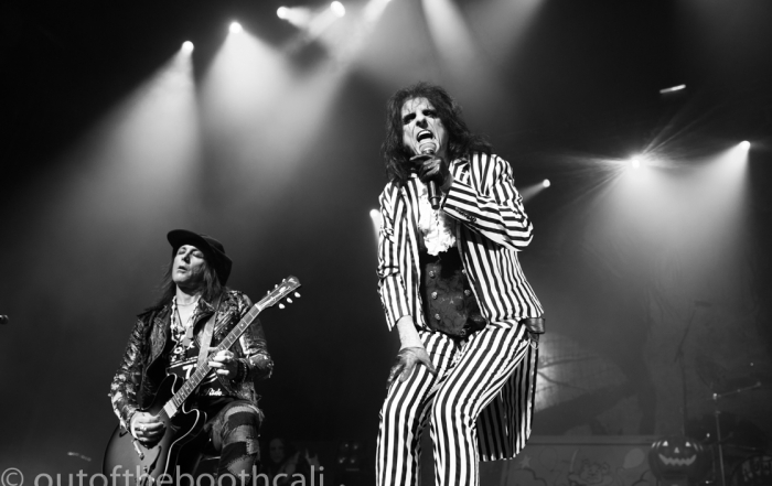 Review + Photos: Alice Cooper brings his spectacle to The Warfield