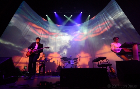 Review + Photos: Tycho kicks off 2017 world tour in Oakland