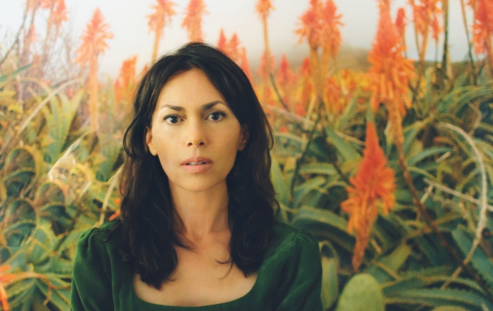 Susanna Hoffs brings Bangles hits and solo songs to comedy fest
