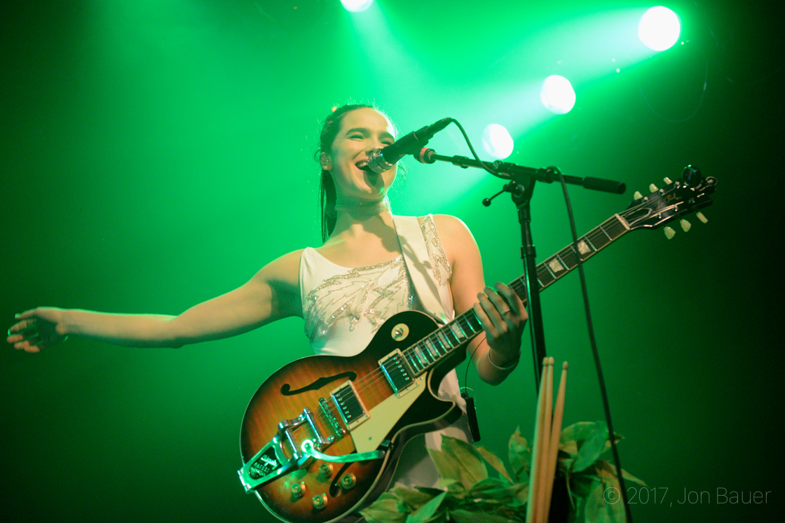 Photos Sofi Tukker Surf At The Independent The Bay