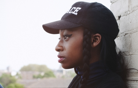Review: Little Simz starts a party in Oakland