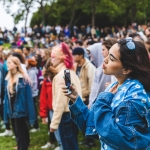Crowd at Phono del Sol 2019, by Ian Young