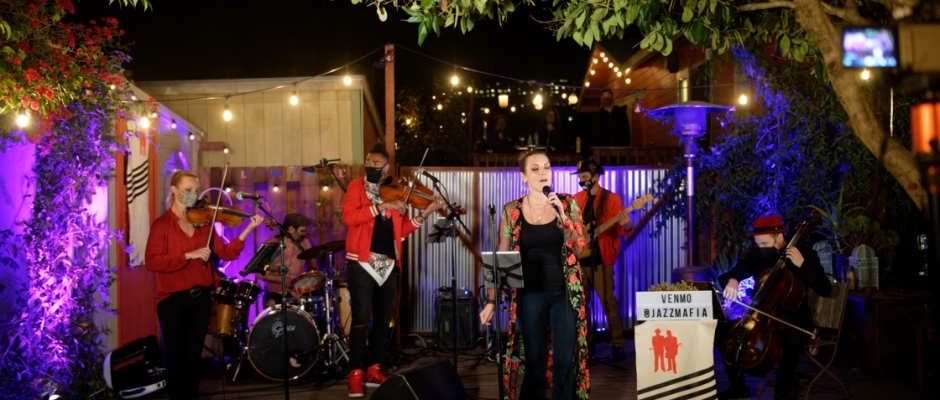 """Review + Photos: Cosa Nostra Strings at the """"Pod Patio"""""""